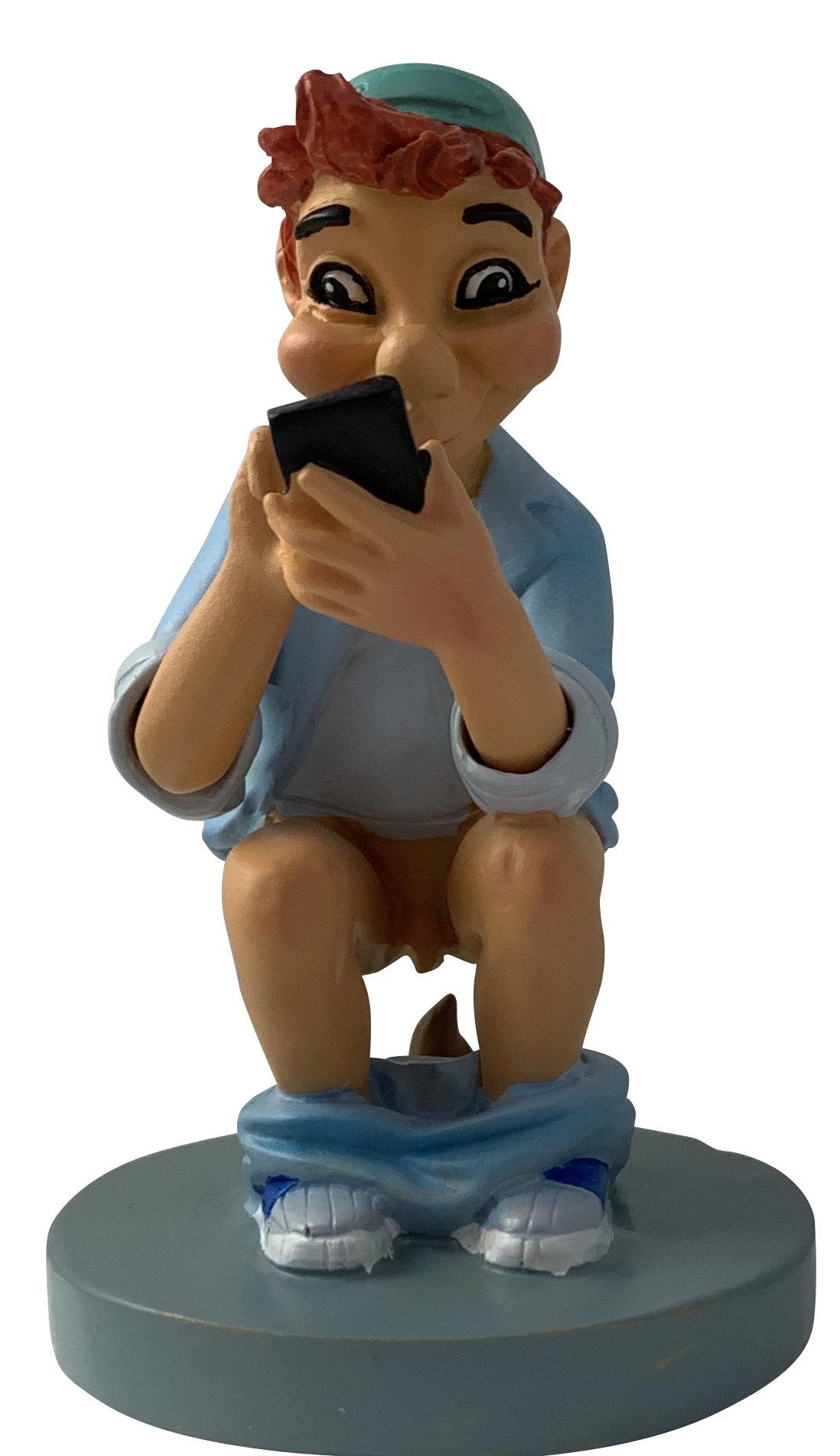 Caganer Emilio traditionell mit Smartphone